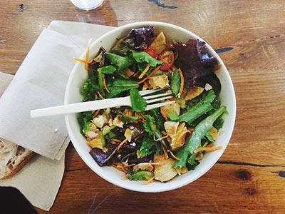 Bien manger ne suffit pas ! Le corps ne peut pas assimiler les nutriments qu'il lui faut pour se régénérer si le système digestif est déficient. Voici pourquoi le Totum est un allié de poids dans une démarche de santé holistique.